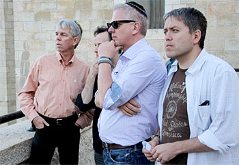 http://ashraf62.files.wordpress.com/2011/08/glenn-beck-israel.jpg
