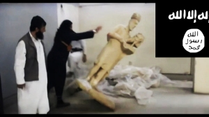ISIL militants destroy ancient artifacts of Mosul Museum